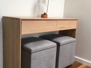 Upholstered storage otoman