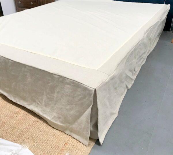 corner pleated bed valance