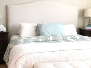 curved top upholstered headboard
