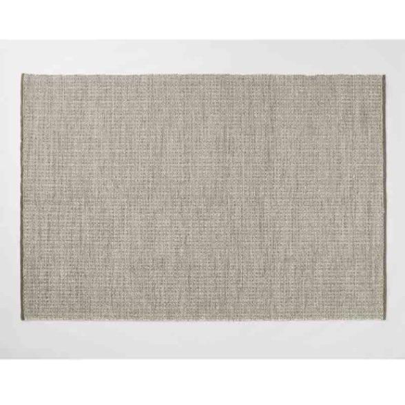 Stylish quality rug